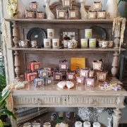 illustration : Bougies Parfumées Collines de Provence