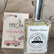 Spray parfum de voiture et carte diffuseur Paris mon amour